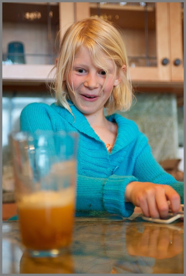 Image 33 Eva Dry Ice Parfait WP